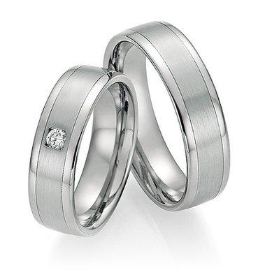 Trouwringen in Titanium en Platina 600 met diamant(en) per paar