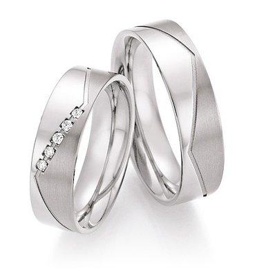Trouwringen in Titanium met diamant(en) per paar