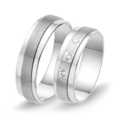 Trouwringen in 8 karaat 333 wit met diamant(en) per paar